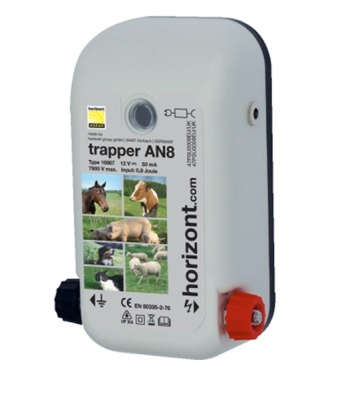 Trapper AN8 Dual Power Energiser - Most Popular 12V energiser - up to 4Km (with 50cm earth stake)