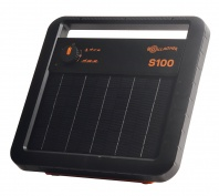 Gallagher S100 Solar Energiser - up to 10 km - with 7 year guarantee and FREE earth stake